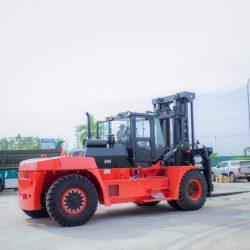 Xe nâng Hangcha trọng tải lớn 20-25 tấn