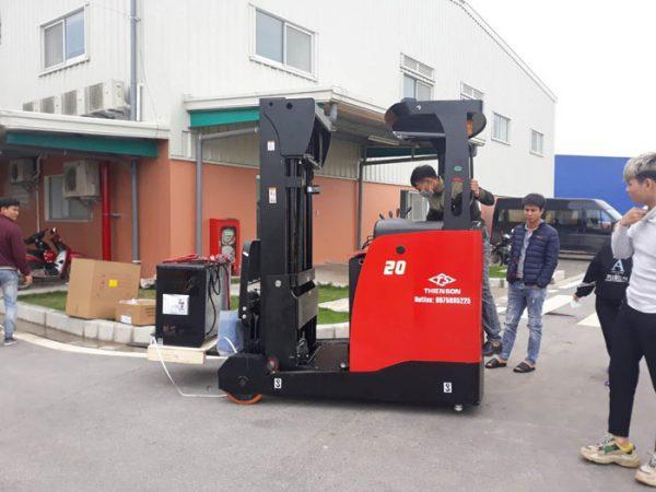 Xe nâng điện đứng lái Hangcha 1,5 tấn