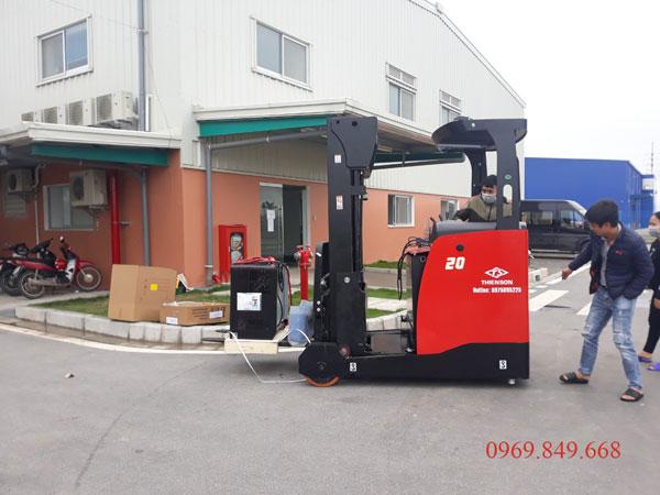 Reach truck A series 1.2 tấn đến 2 tấn